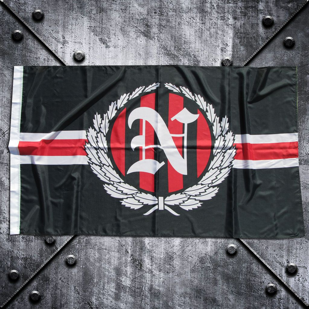 Fahne 'N' im Lorbeerkranz