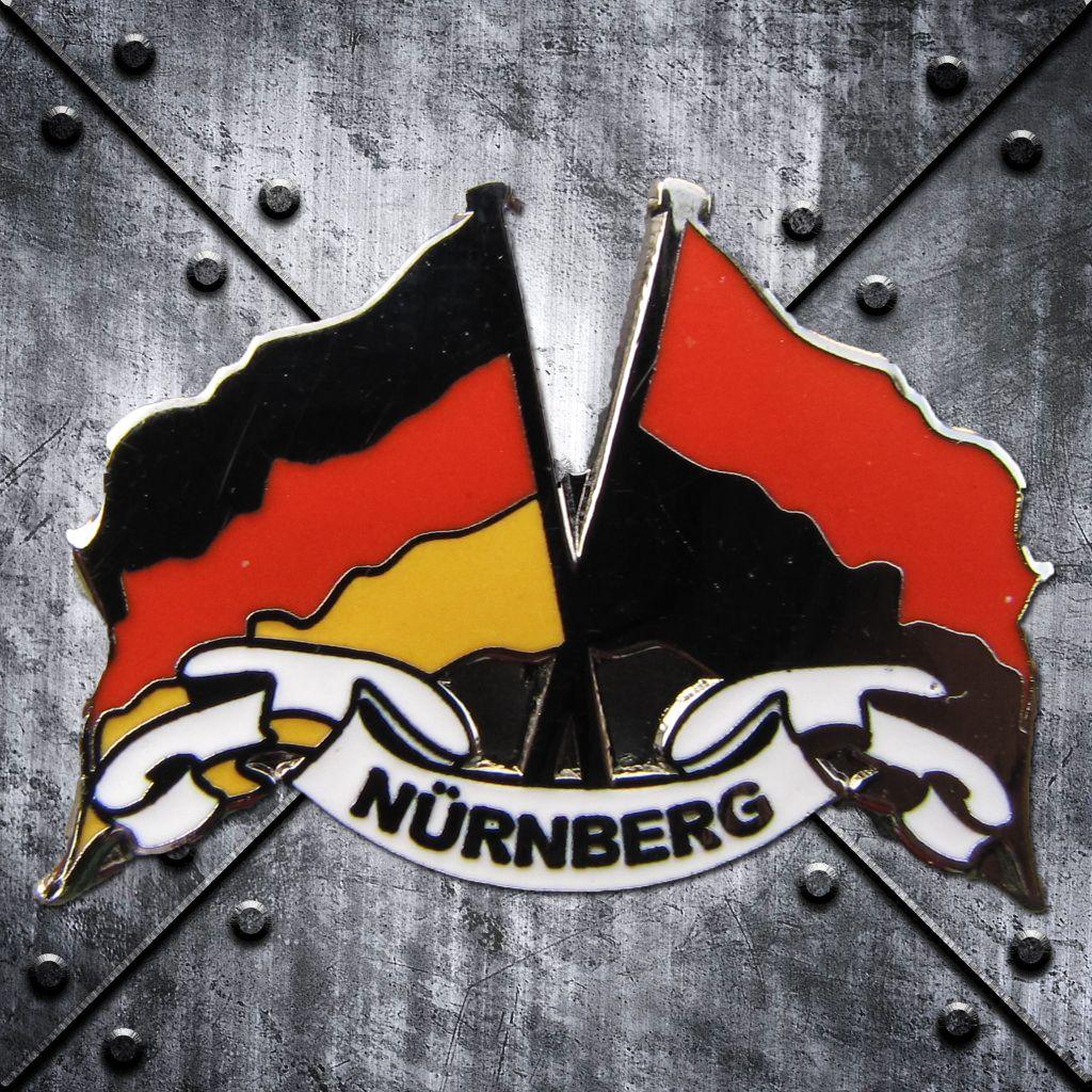 PIN 'Nürnberg' mit Deutschland-/Clubfahne