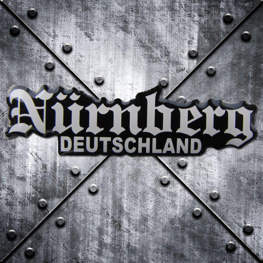 PIN 'Nürnberg Deutschland'  weiss/schwarz