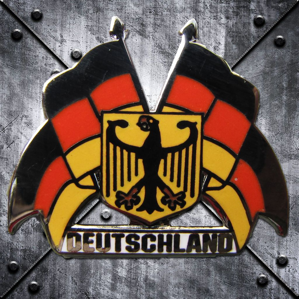 PIN 'Deutschland'  Fahnen und Bundesadler