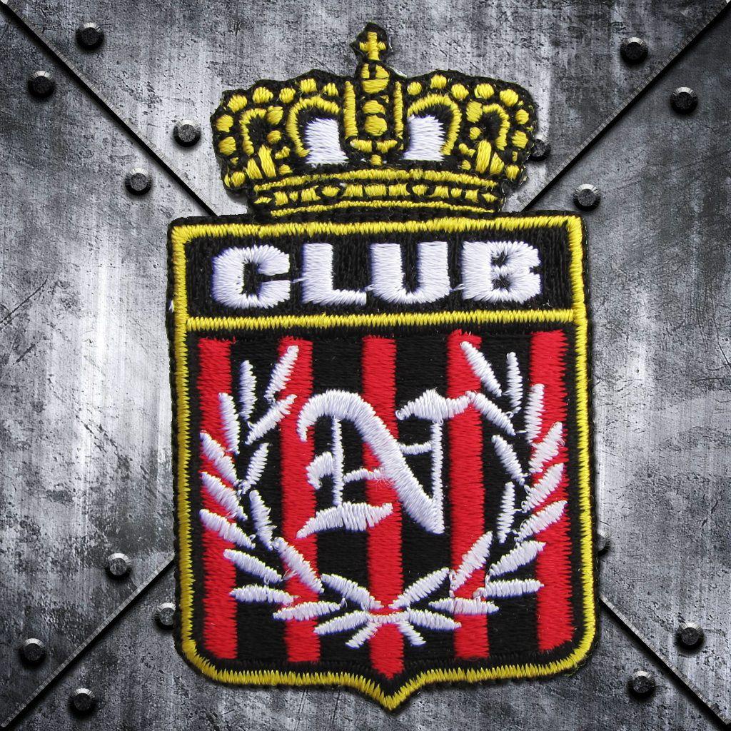 Aufnäher 'CLUB' mit Krone und 'N' im Lorbeerkranz