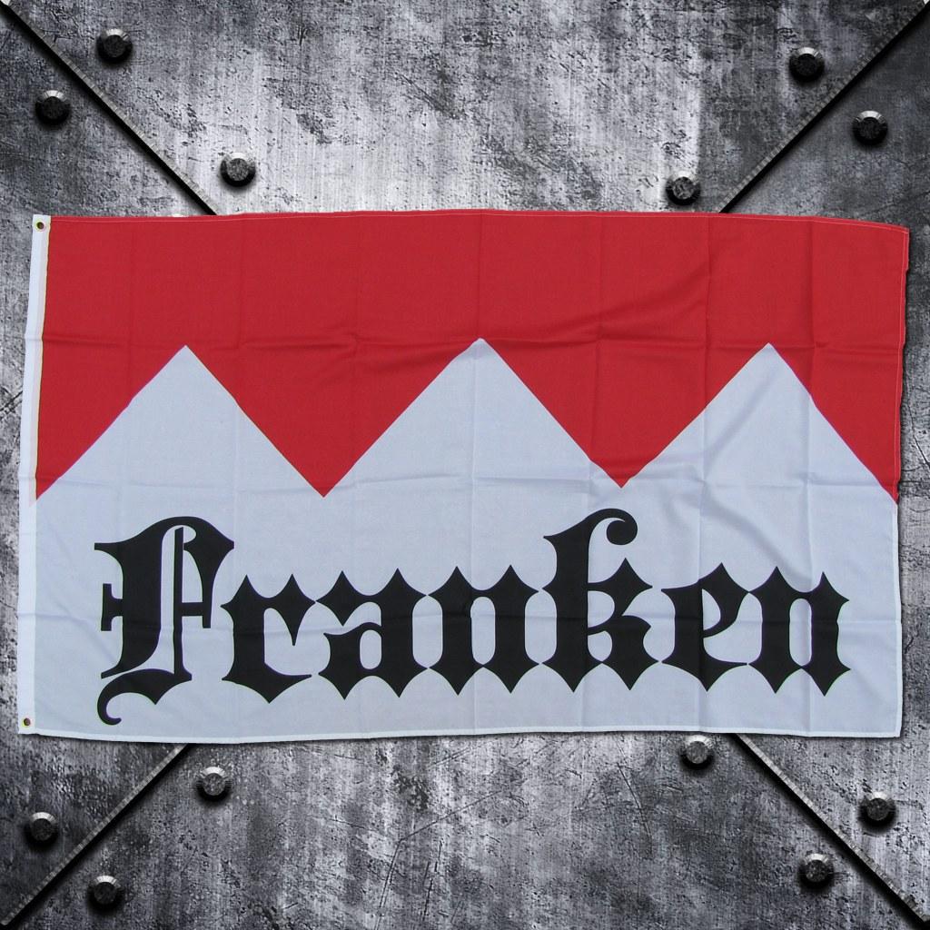 Fahne 'Franken' auf Frankenrechen