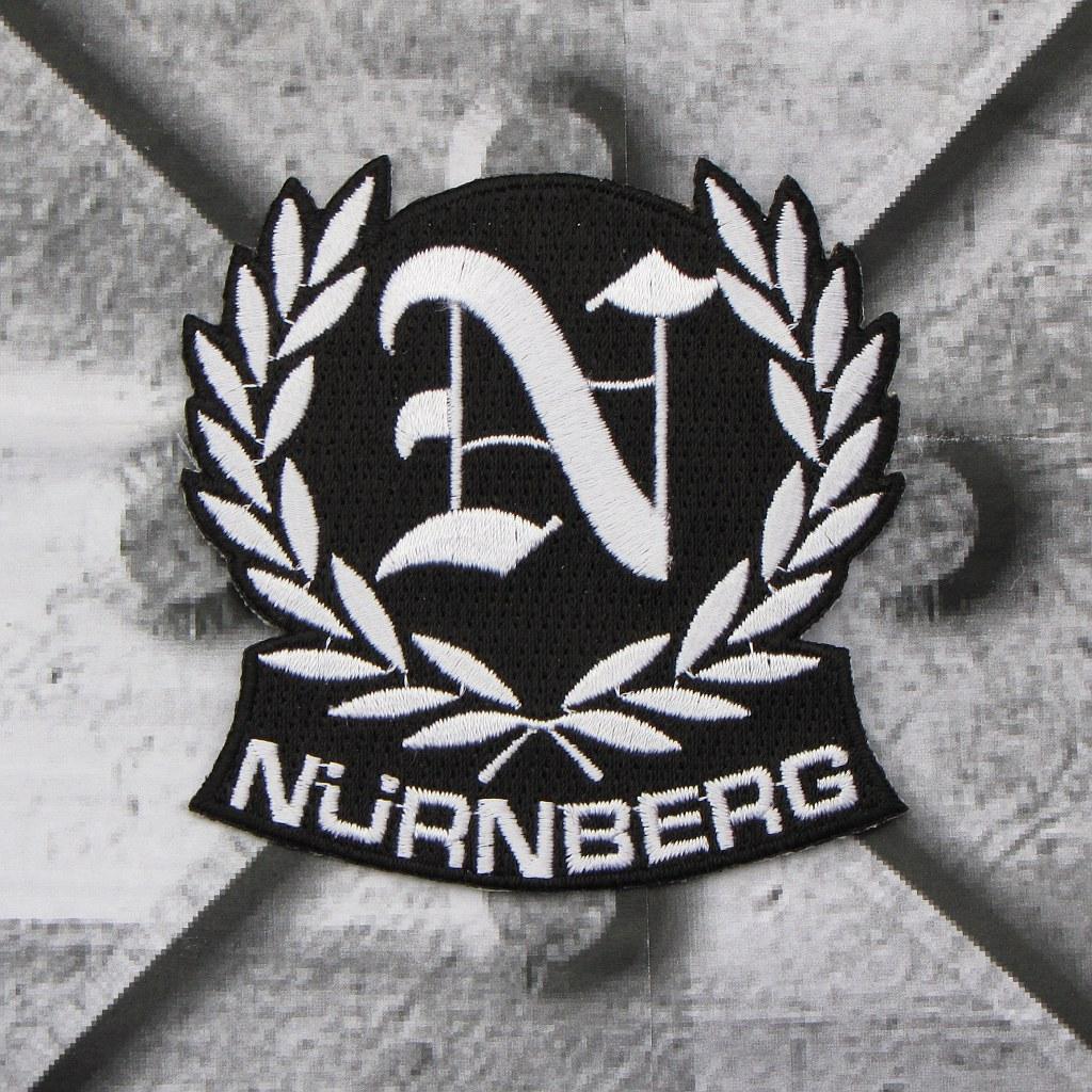 Aufnäher 'Nürnberg/Lorbeerkranz'