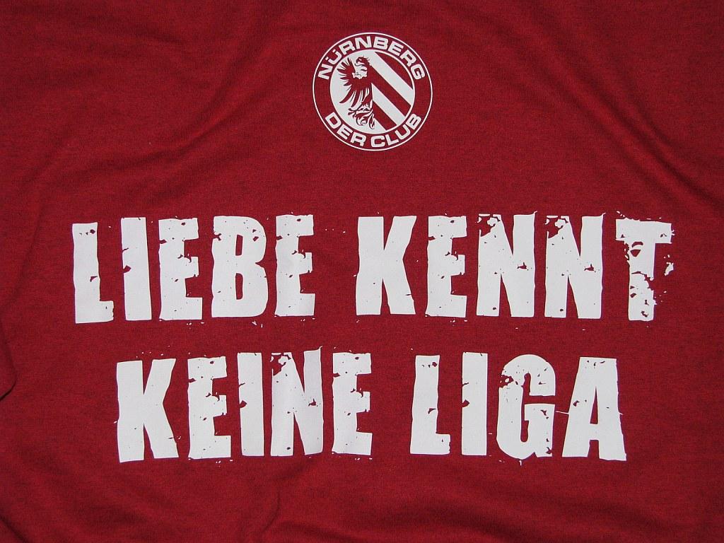 Kapuzensweat Shirt beidseitig bedruckt  'Nürnberg' Liebe kennt