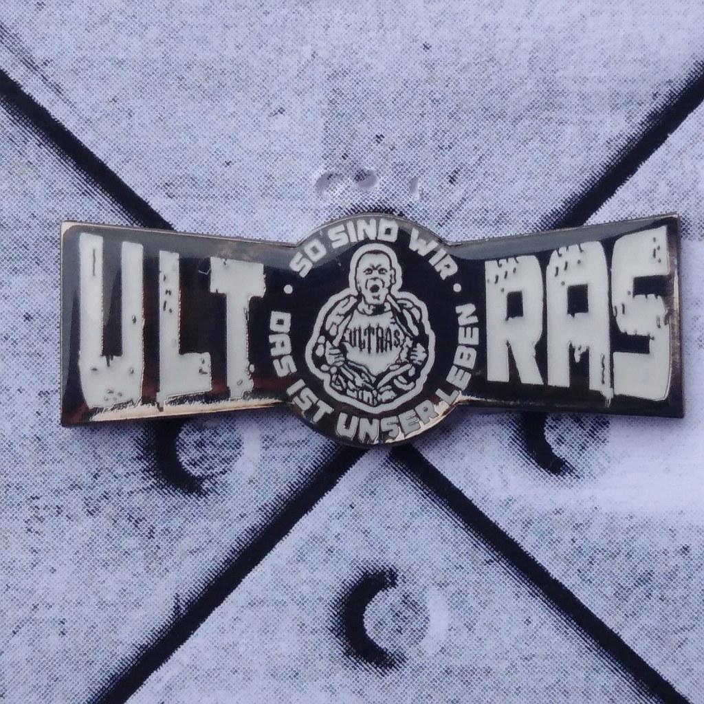 Pin - Ultras - unser Leben