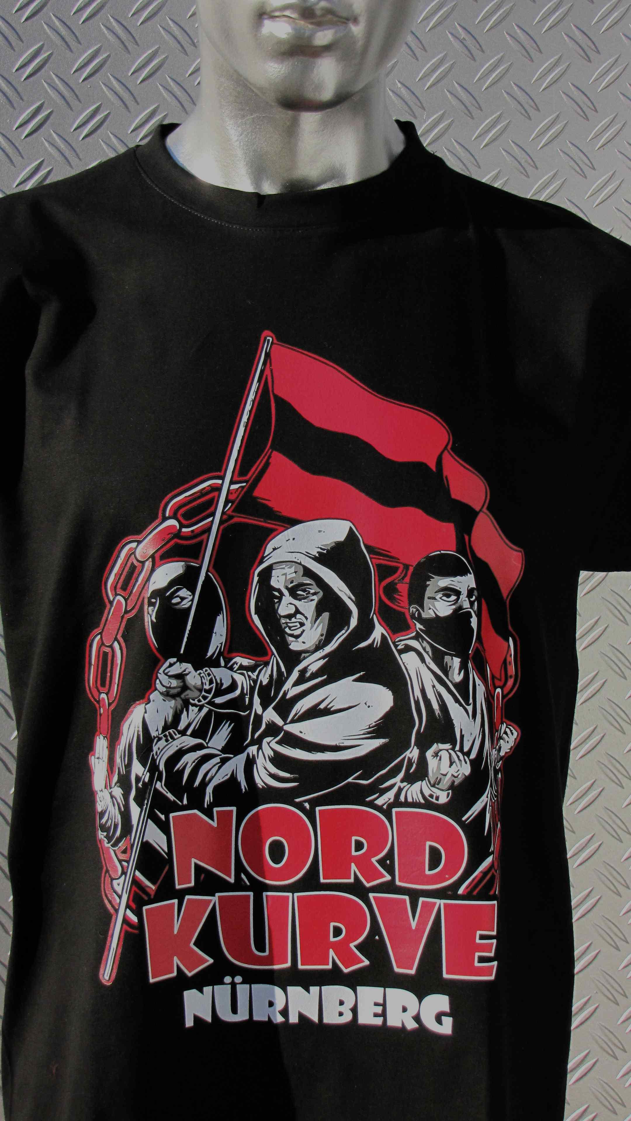 T-Shirt einseitig bedruckt - Nordkurve Nürnberg Fahnenterror